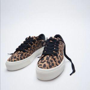 ✨SALE✨ Zara animal print sneakers ✨SALE✨